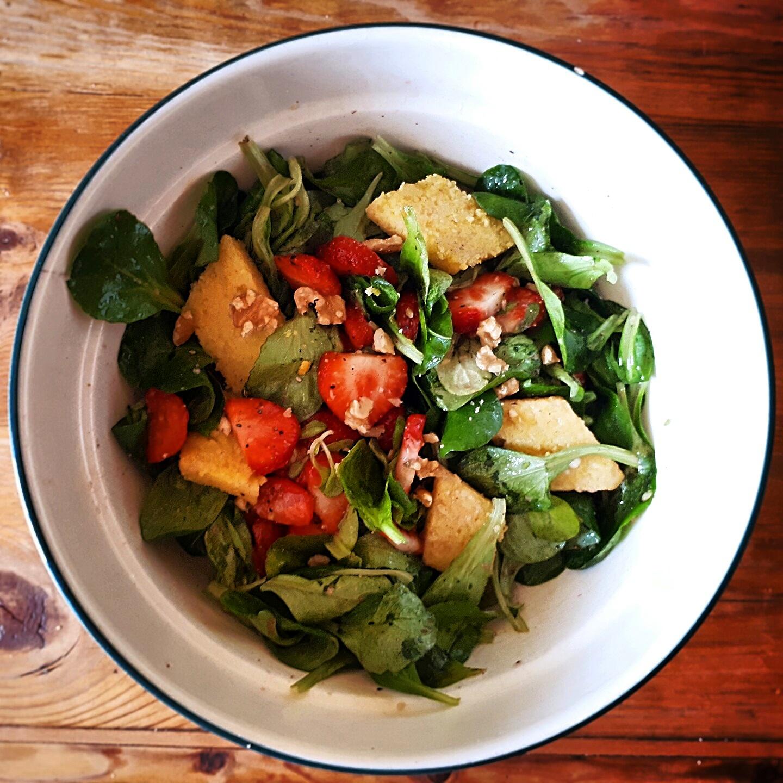 Was Läufer essen - Sommersalat mit Polentaschnitten